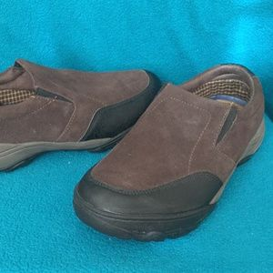 Men athletic slip on